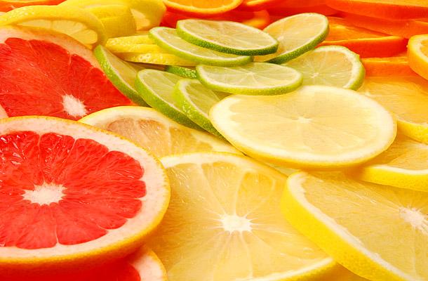 Melyik gyümölcsöket eheted a diéta alatt? Nem mindegy, mekkora a cukortartalma!