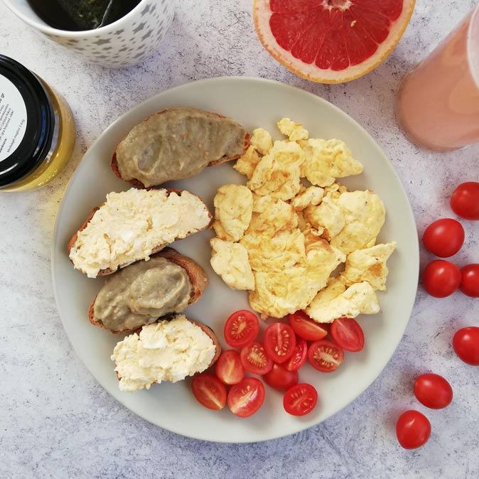 10 diétás reggeli sok fehérjével, DE kevés kalóriával - romance-tv.hu