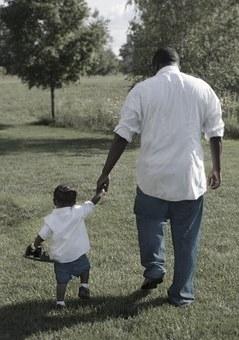 Az elveszett apák nyomában