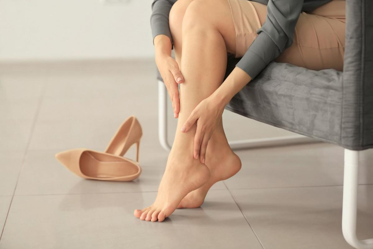 Tippek, hogy a magassarkúd ne csak a szekrényedben legyen kényelmes | Peak girl