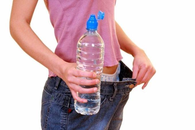 lefogyhat súlyok nélkül súlycsökkenés puffadás
